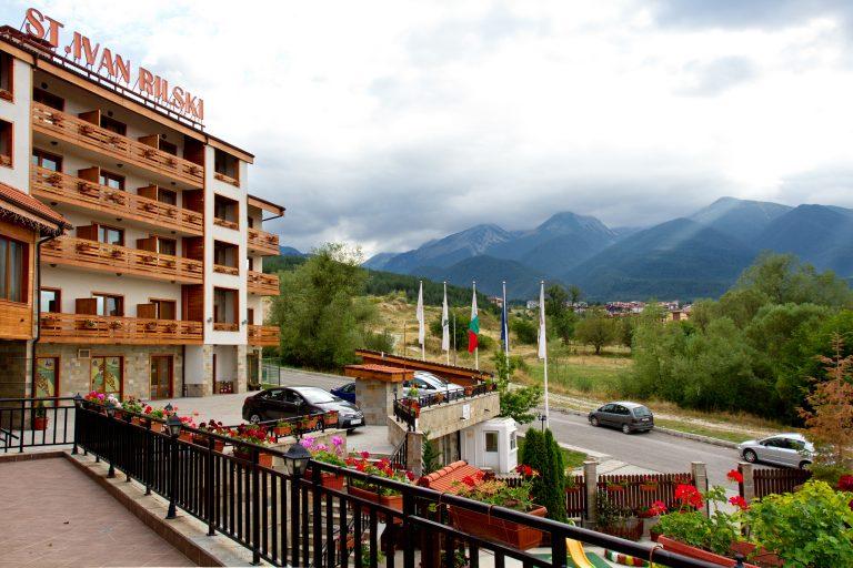 От балкона на хотел Свети Иван Рилски